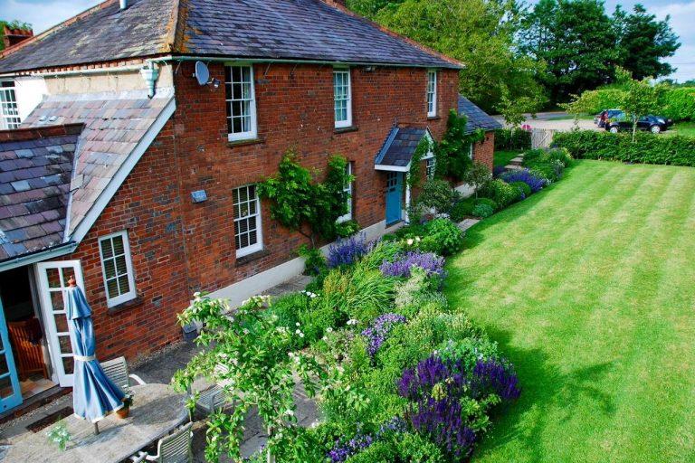 Hampshire Cottage Garden